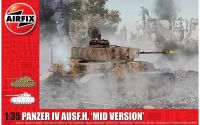 Classic Kit tank A1351 - Panzer IV Ausf.H, Mid Version (1:35)