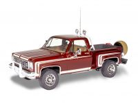 Plastic ModelKit MONOGRAM auto 4486 - 76 Chevy Sports Stepside Pickup (1:25)