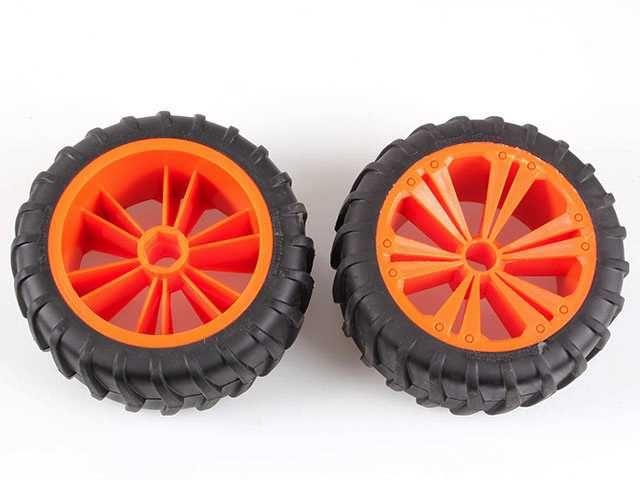 REVELL - REVELLUTIONS (47032) - Set 2x Wheel for Monster, orange Plastikové modely